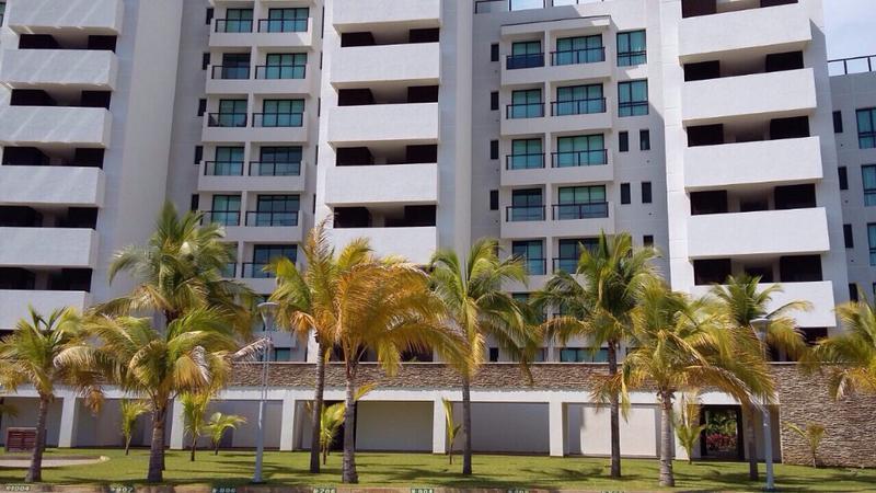 Foto Departamento en Renta en  Pueblo Barra Vieja,  Acapulco de Juárez  Hermoso Departamento en Renta en La Isla Residences en Acapulco