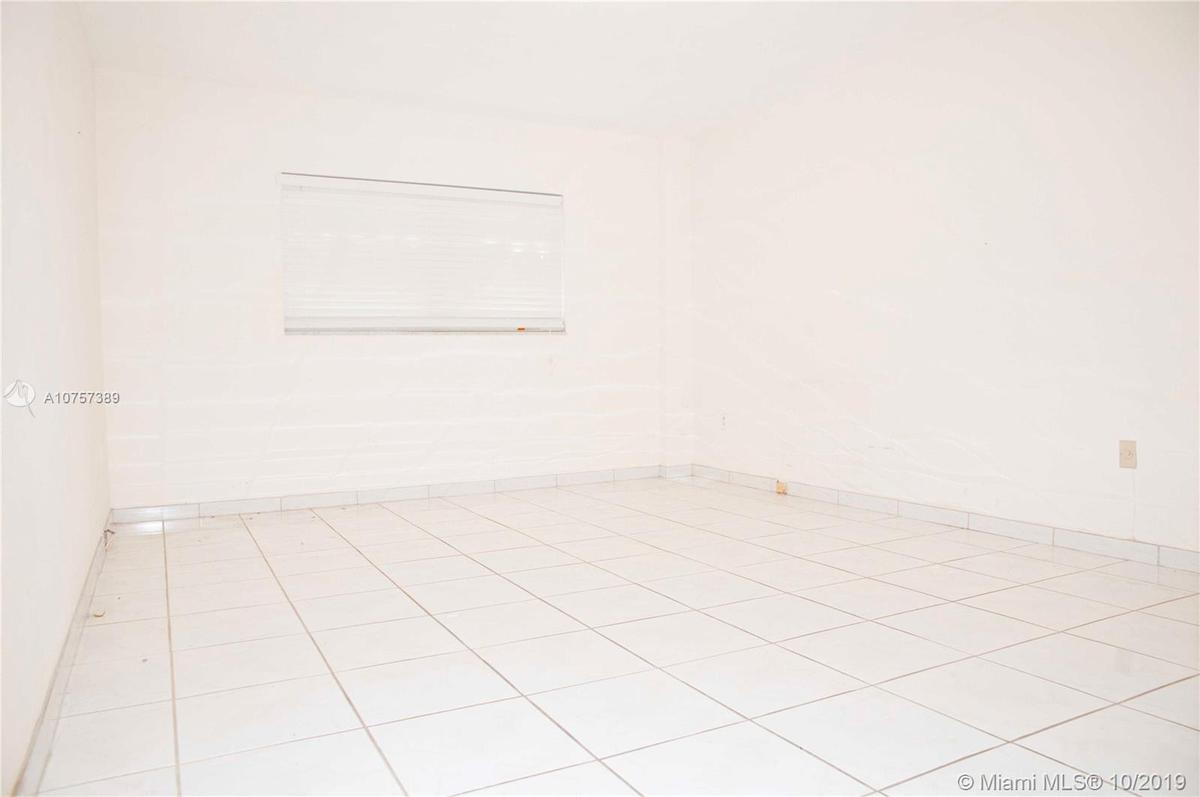 Foto Departamento en Venta en  Bay Harbour Islands,  Miami-dade  al 1000