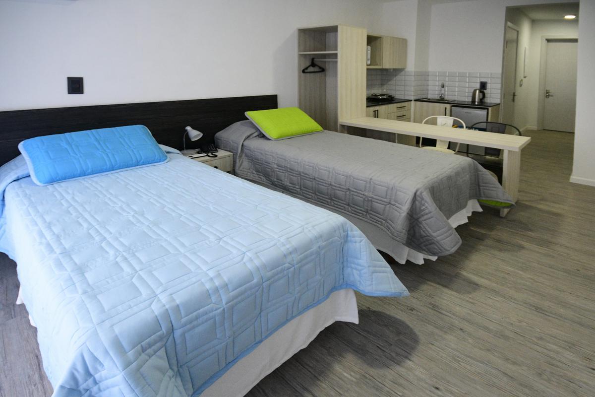 Foto Apartamento en Alquiler en  Centro (Montevideo),  Montevideo  Carlos Quijano esquina San José