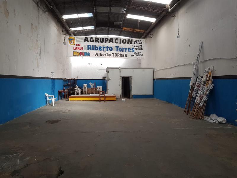 Foto Depósito en Venta en  Lanús Oeste,  Lanús  Maximo Paz al 100