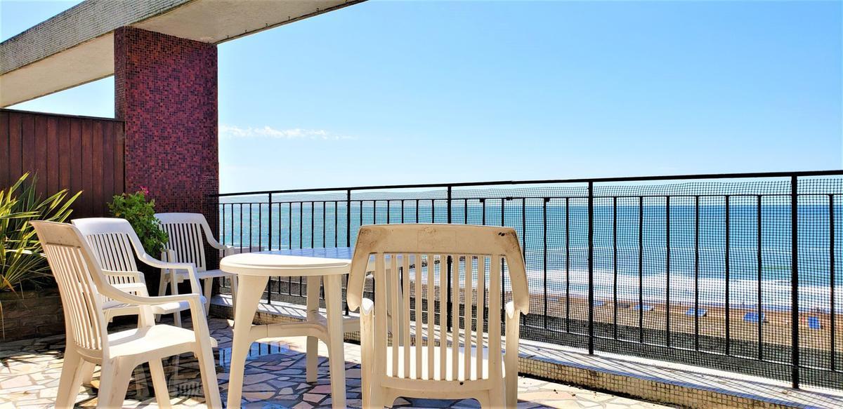 Foto Departamento en Alquiler temporario en  Playa Grande,  Mar Del Plata  BV MMO  Y SAAVEDRA 4º PISO • FRENTE AL MAR