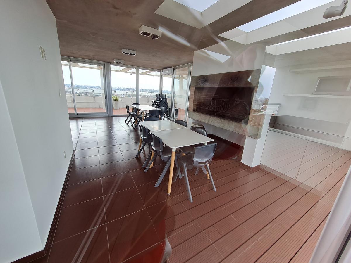 Foto Apartamento en Venta en  Malvín ,  Montevideo  Avenida Italia 1111