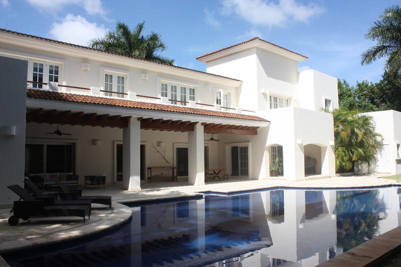 Foto Casa en Venta en  Cancún ,  Quintana Roo  Hermosa Residencia en VILLA MAGNA de 4 recámaras en Venta  Cancún, Quintana Roo