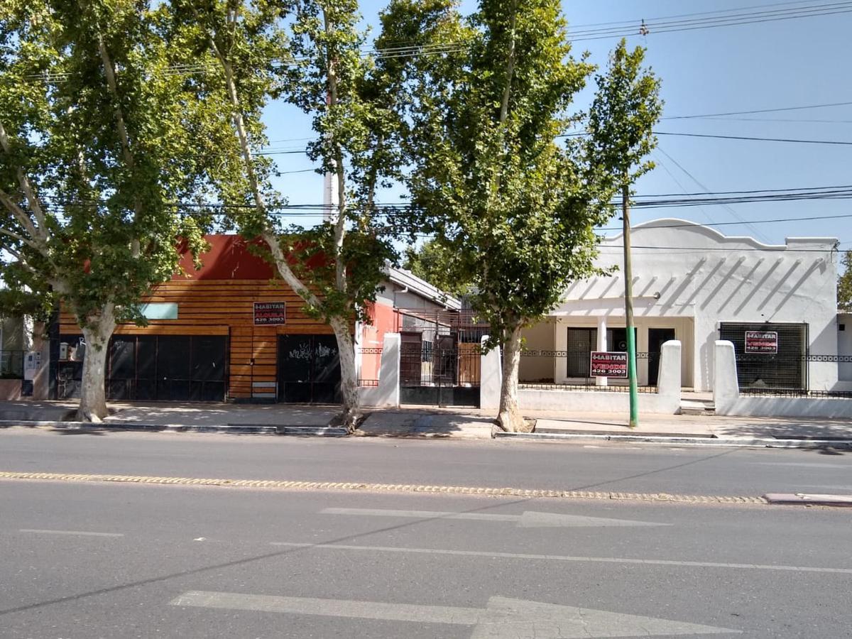 Foto Local en Venta en  Rivadavia ,  San Juan  Avda. Libertador Gral. San Martín  4290 Oeste