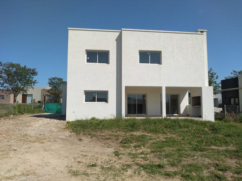 Foto Casa en Venta en  San Matias,  Countries/B.Cerrado (Escobar)  San Matías A4 - al 700