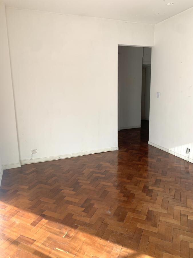 Foto Departamento en Alquiler en  Recoleta ,  Capital Federal  Parana al 800