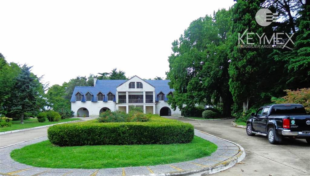 Foto Campo en Venta en  Comodoro Py,  Bragado  Estancia de 660 Has con Haras -  Bragado