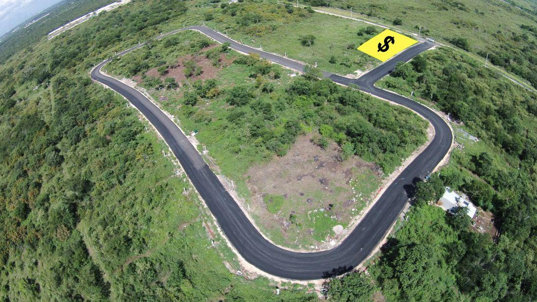 Foto Terreno en Venta en  Hacienda Xcuyun,  Conkal  OPORTUNIDAD!!! Terreno venta en Mérida, Listo para construir, calles pavimentadas, Zona de Conkal