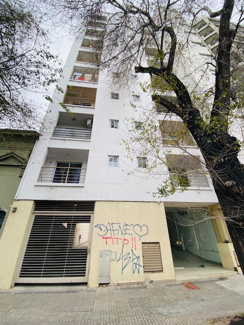 Foto Departamento en Venta en  La Plata ,  G.B.A. Zona Sur  3 Entre 43 y 44