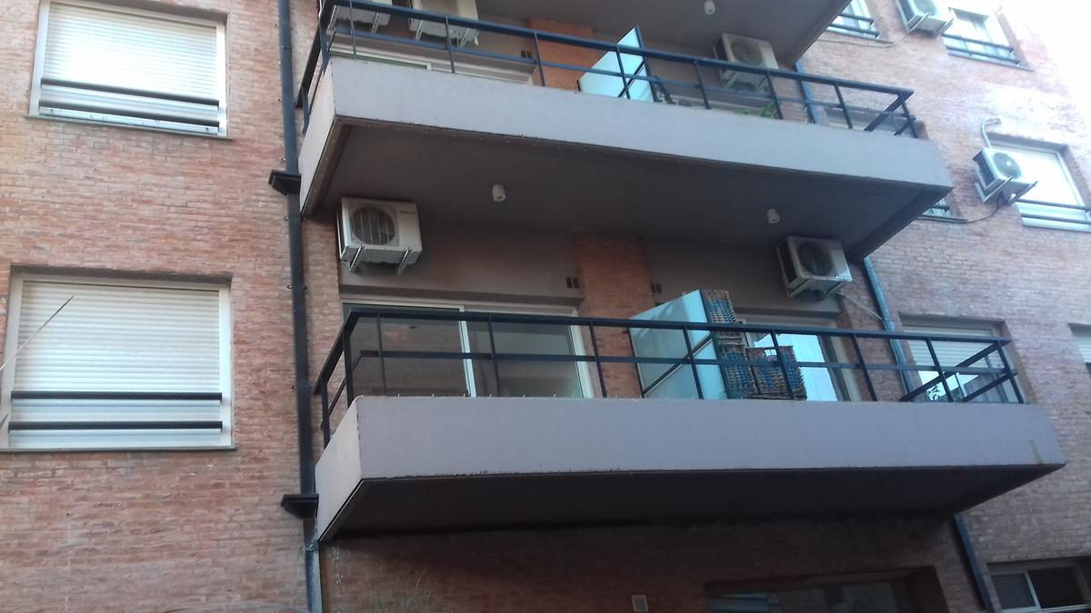 Foto Departamento en Venta en  Adrogue,  Almirante Brown  DIAGONAL BROWN 1574 ADROGUE