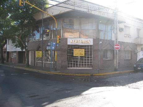 Foto Local en Venta en  S.Fer.-Vias/Centro,  San Fernando  LIBERTADOR 1996 98