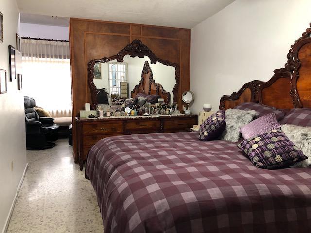 Foto Casa en Venta en  Ampliacion Unidad Nacional (Ampliación),  Ciudad Madero  Casa de 3 recamaras y oficina a unos pasos de Av. Monterrey