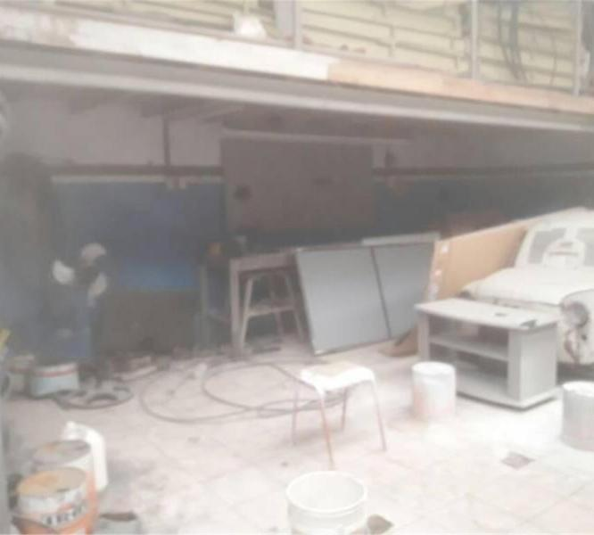 Foto Local en Venta en  Wilde,  Avellaneda  San Carlos Al  1000