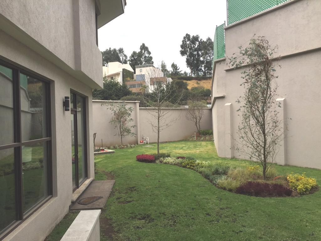 Foto Casa en Renta | Venta en  Lomas Country Club,  Huixquilucan  Preciosa casa en Venta/Renta en Lomas Country