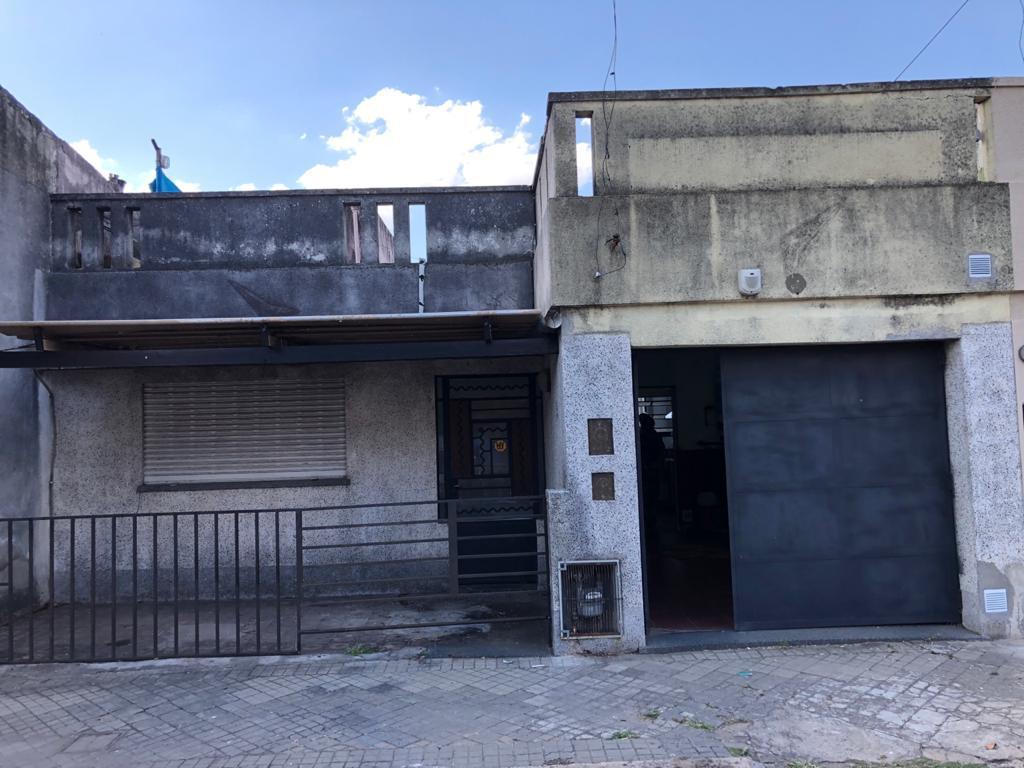 Foto Casa en Venta en  Azcuenaga,  Rosario  ZAPIOLA al 5200