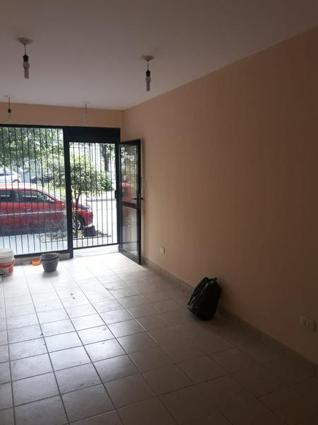 Foto Local en Alquiler en  San Miguel De Tucumán,  Capital  Bernabé Araoz al 200