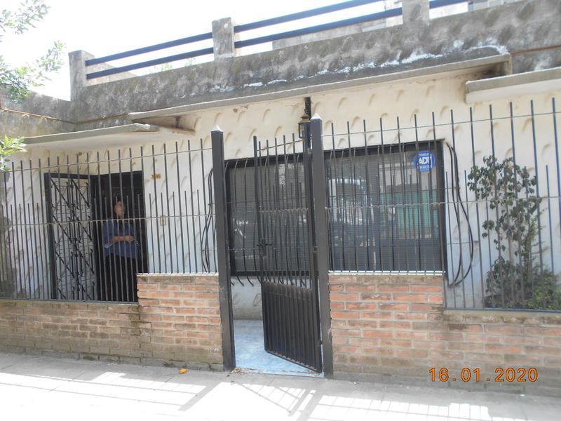 Foto Casa en Venta en  La Union,  Ezeiza  LAS MARGARITAS Y LOS NOGALES