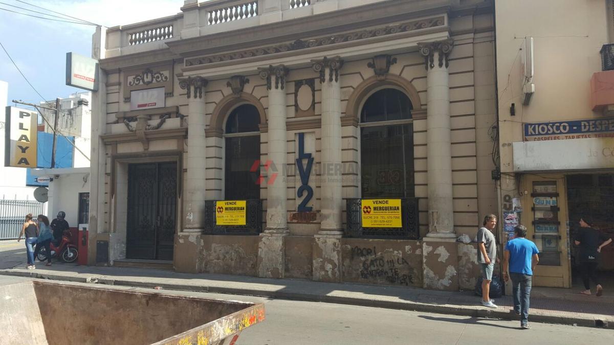 Foto Casa en Venta |  en  Alberdi,  Cordoba  27 DE ABRIL al 900