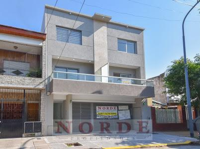 Foto PH en Venta en  Villa Luro ,  Capital Federal  Pasaje Catania al 5600