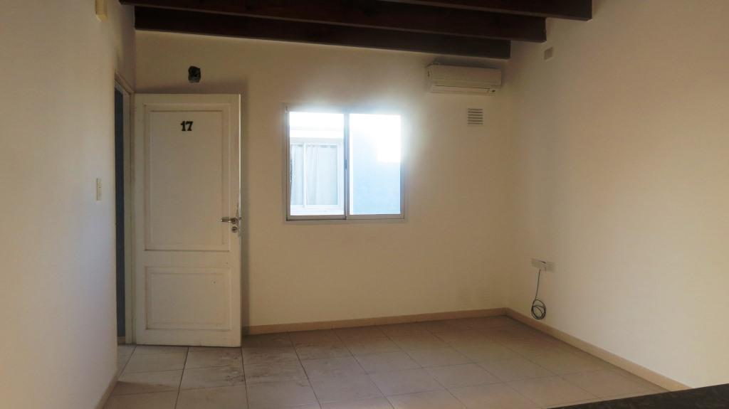 Foto Departamento en Alquiler en  Capital ,  San Juan  Urquiza al 600