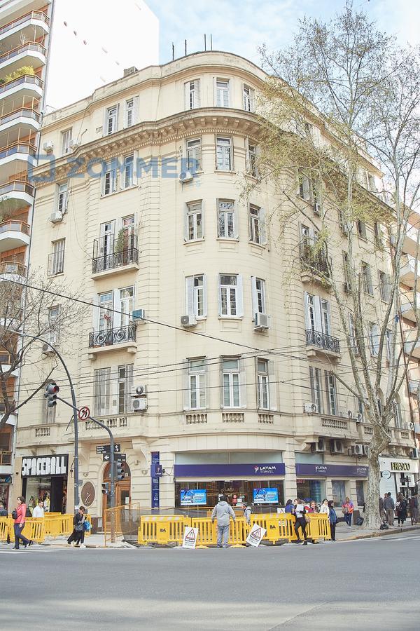 Foto Departamento en Venta en  Palermo ,  Capital Federal  Av Santa Fe 3500, esq Araoz - Palermo. Detalles estilo Francés de calidad