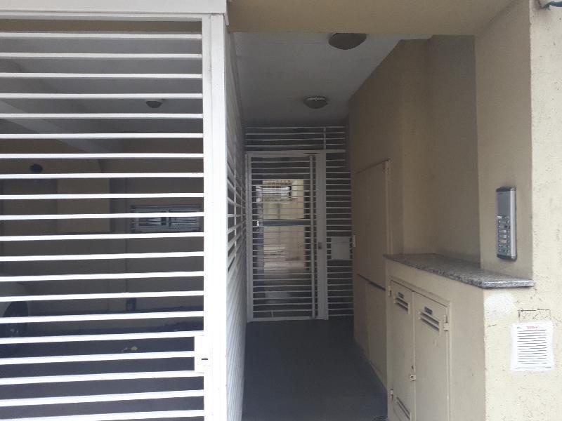 Foto Departamento en Alquiler en  Remedios de Escalada de San Martin,  Rosario                  Pje. Zavalla al 3232    00-03