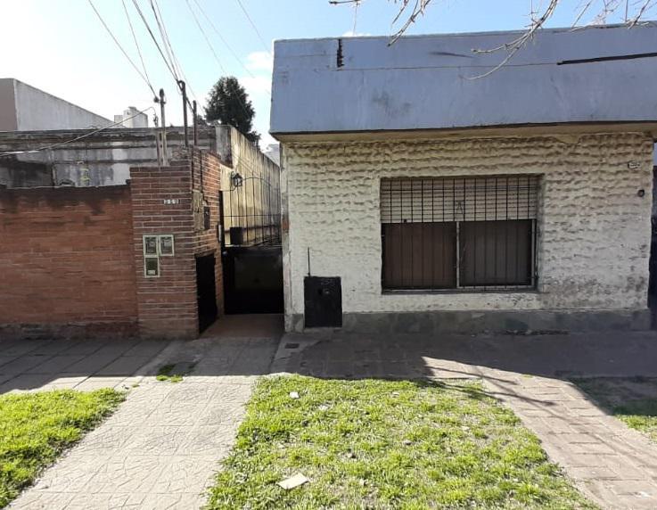 Foto PH en Venta en  Centro (Moreno),  Moreno  De la Quintana 250 - MORENO