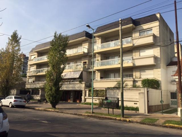 Foto Departamento en Venta en  Lomas De Zamora ,  G.B.A. Zona Sur  Saavedra al 400