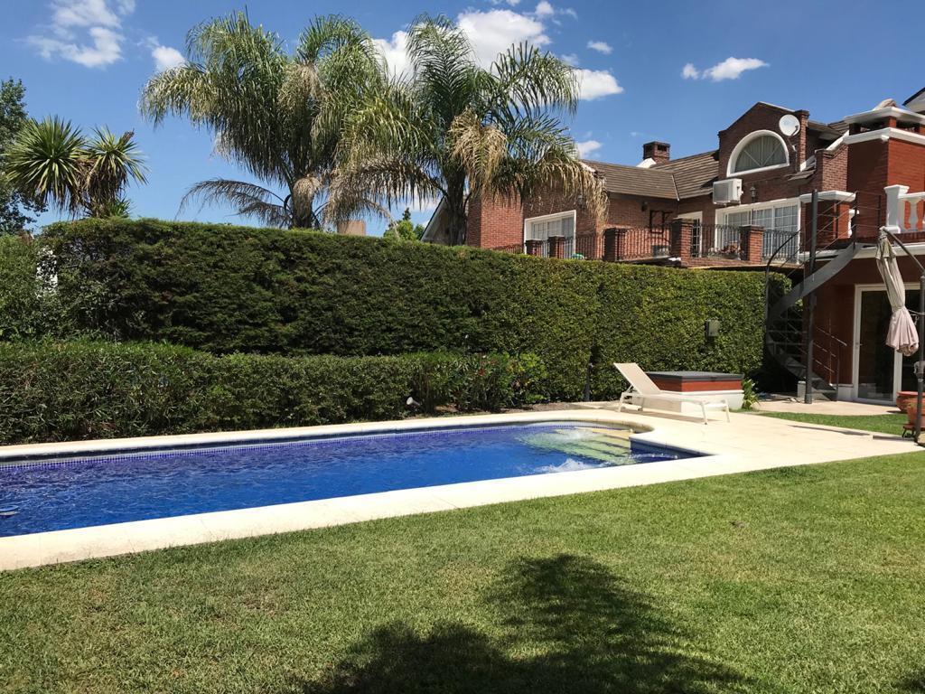 Foto Casa en Venta en  Tigre ,  G.B.A. Zona Norte  Barrancas de San Jose, Pacheco, Tigre