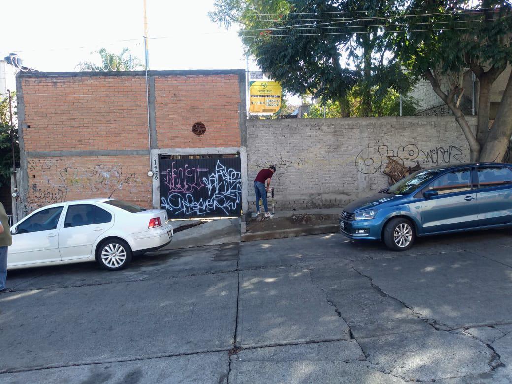 Foto Terreno en Venta en  La Soledad,  Morelia  COL. LA SOLEDAD CALLE: MIGUEL ZINCUNEGUI # 80