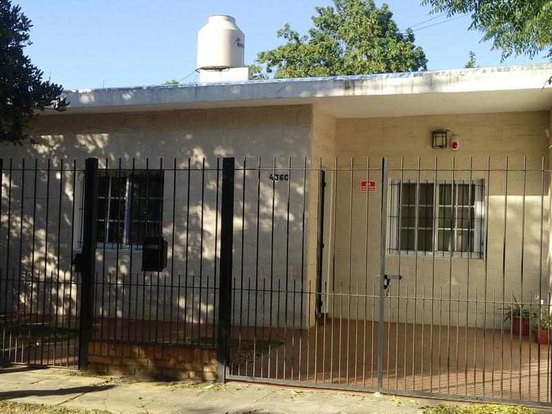 Foto Casa en Venta en  Jose Clemente Paz,  Jose Clemente Paz  Toscanini al 4300