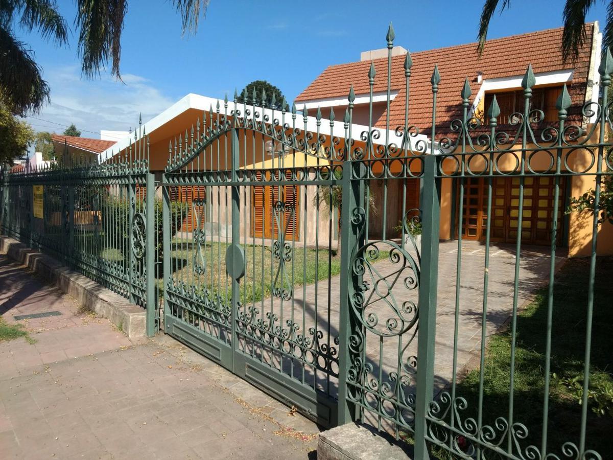 Foto Casa en Alquiler en  Granja De Funes,  Cordoba  AMBROSIO TARAVELLA al 6200