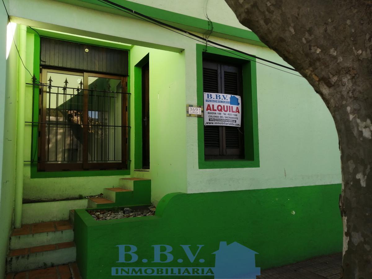 Foto Casa en Alquiler en  Colonia del Sacramento ,  Colonia  Casa  1 Dorm.  en el centro  a pasos del puerto y Barrio Histórico