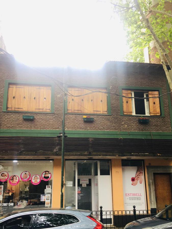 Foto PH en Venta en  Vicente López ,  G.B.A. Zona Norte  Ramon Melgar al 700