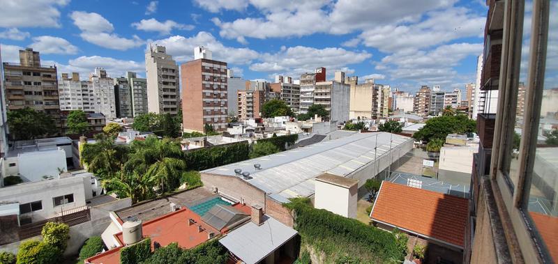 Foto Departamento en Venta en  Rosario,  Rosario  Pellegrini 668 05-03