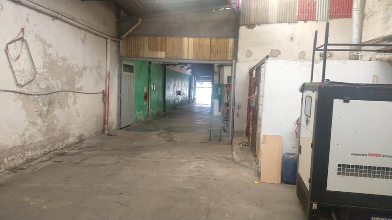 Foto Local en Venta en  Balvanera ,  Capital Federal  sarmiento al 2900