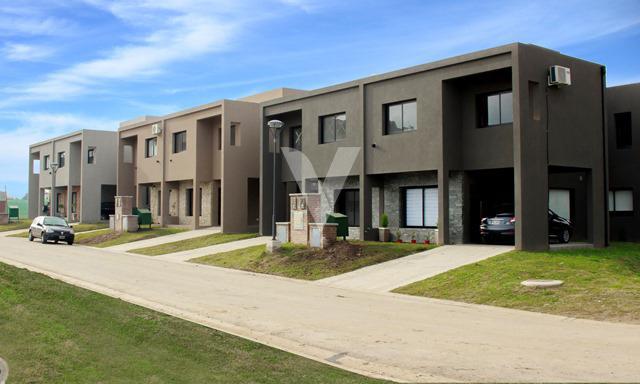 Foto Casa en Venta en Int. Corvalan ,Maria Eugenia residences village, Moreno, Bs.as. G.b.a. Oeste, G.B.A. Zona Oeste | Moreno | Paso Del Rey