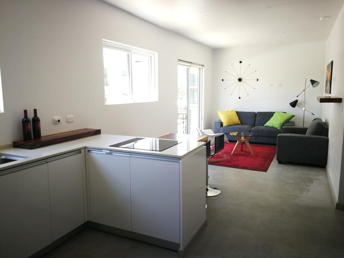 Foto Departamento en Venta en  Uruca,  San José  Apartamento full amueblado premium cerca del Barceló