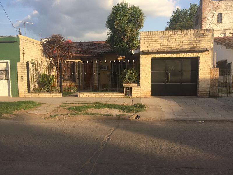 Foto Casa en Alquiler en  Jose Clemente Paz ,  G.B.A. Zona Norte  Joaquin V. Goznalez al 2600