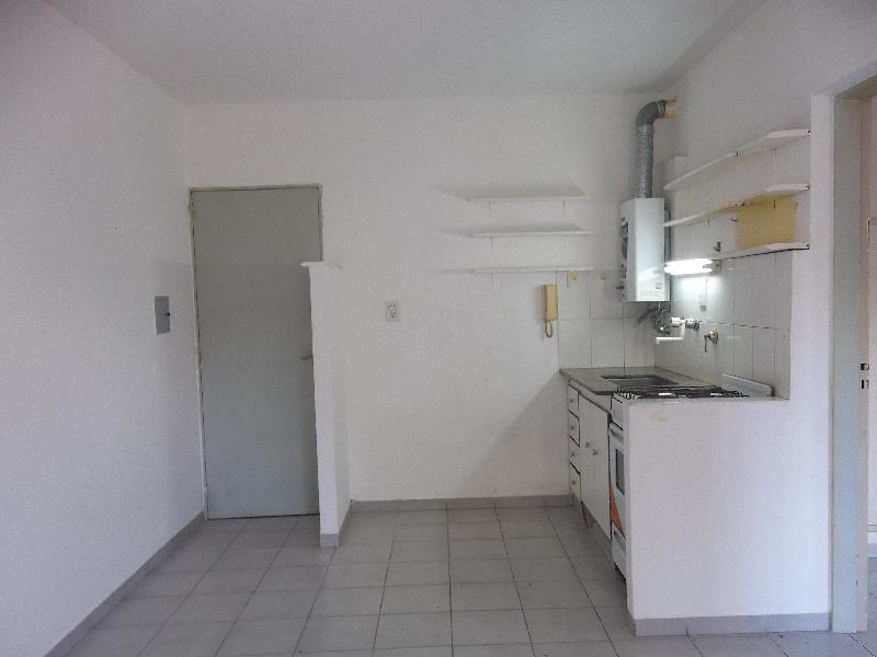 Foto Departamento en Alquiler en  Centro,  Rosario  Chacabuco 1972  02-05