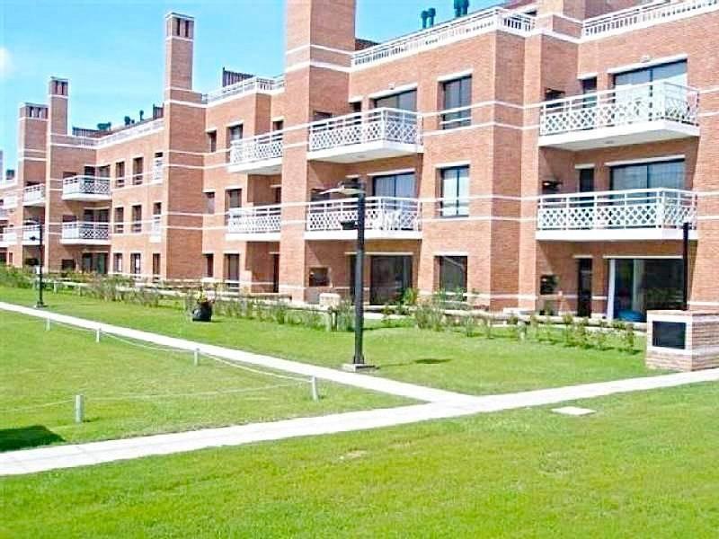 Foto Departamento en Venta en  Solares de San Isidro,  San Isidro  Departamento Venta con renta duplex solares de san isidro apto credito