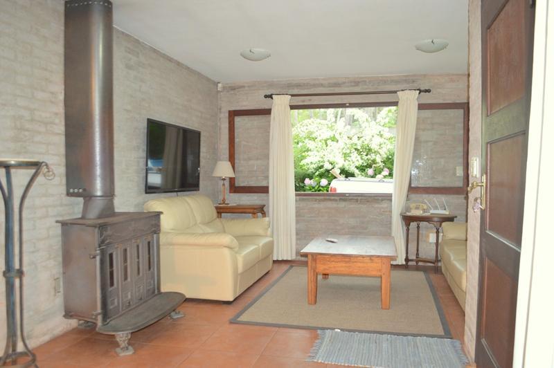 Foto Casa en Alquiler temporario en  Pinares,  Punta del Este  Pinares, Calle Boyero