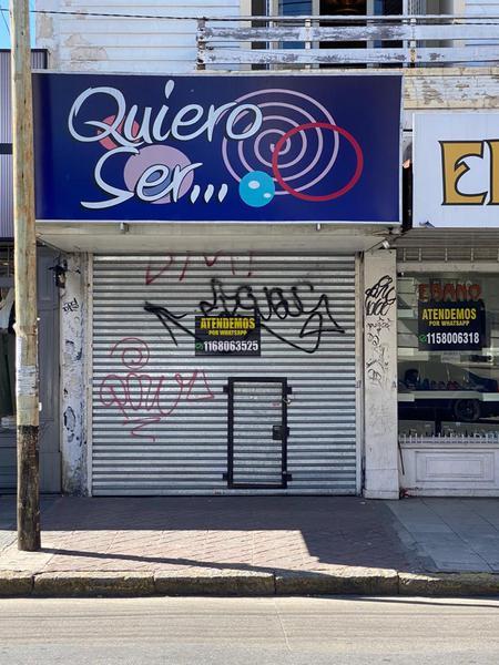 Foto Local en Alquiler en  Lomas de Zamora Oeste,  Lomas De Zamora  Av. Meeks 116