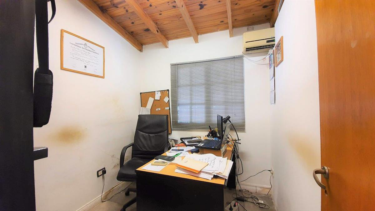 Foto PH en Venta en  Coghlan ,  Capital Federal  Romulo Naon al 3400