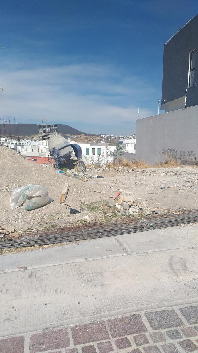 Foto Terreno en Venta en  Fraccionamiento Cumbres del Lago,  Querétaro  Terreno en Venta en Juriquilla, Querétaro