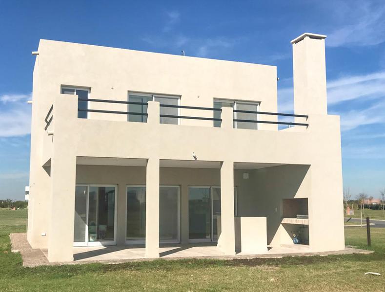 Foto Casa en Venta en  Puerto De Escobar,  Escobar  Puertos del Lago - Nordelta