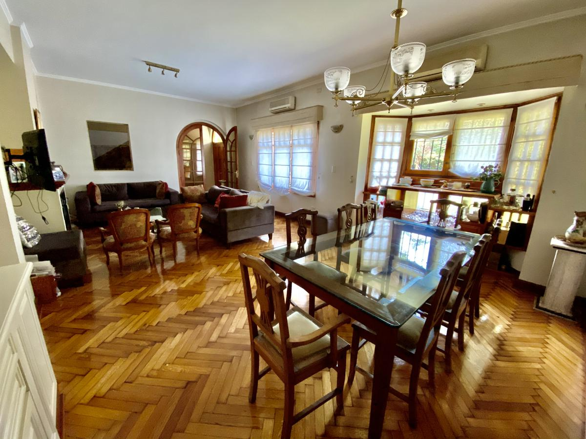 Foto Casa en Venta en  San Isidro,  San Isidro  Antártida Argentina al 700