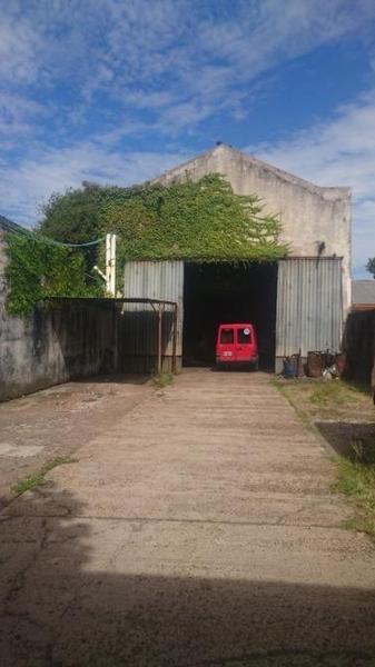 Foto Galpón en Alquiler en  Banfield,  Lomas De Zamora  Quintana  200