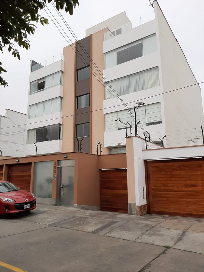 Foto Departamento en Venta en  Santiago de Surco,  Lima  Calle Puerta del sol