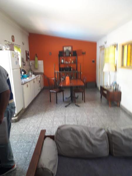 Foto PH en Venta en  Lomas De Zamora,  Lomas De Zamora  CASTELLI 1144